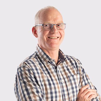 Dr Andries De Villiers