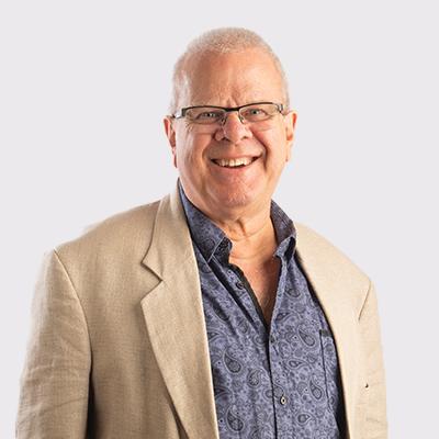 Dr Garry Begg